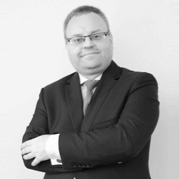ADWOKAT Mikołaj Snopczyński